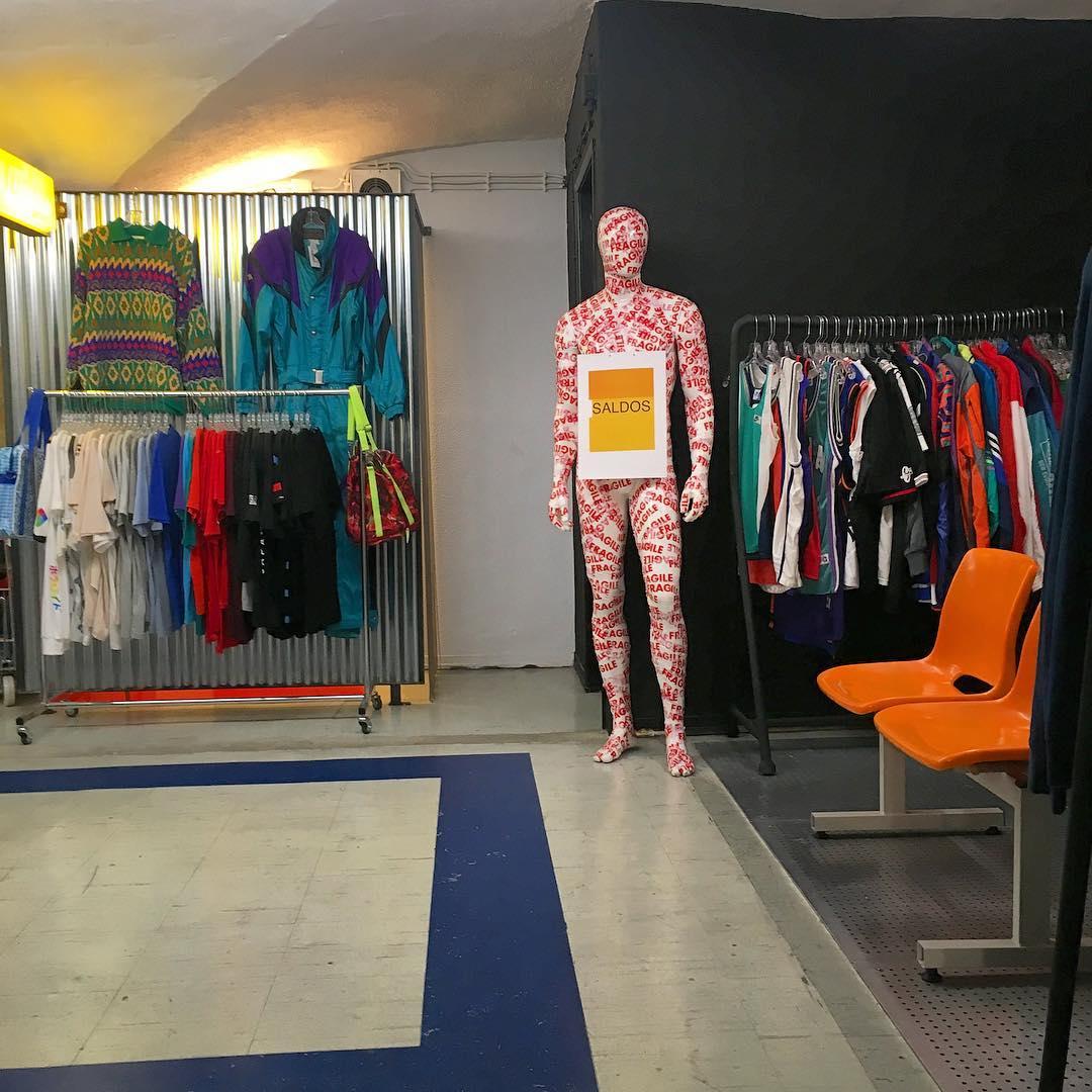 Pop closet